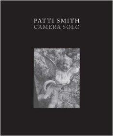 patti-smith-camera