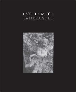 patti-smith-camera